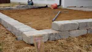 Constructing a Raised Bed Retaining Wall with Blocks